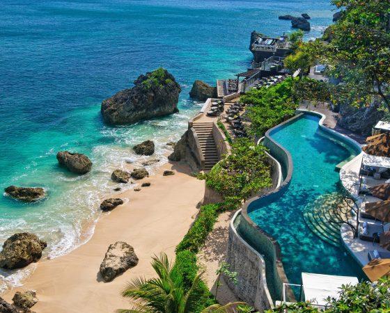 Indonesia-Bali-coast-beach-stones-pools_2560x1600